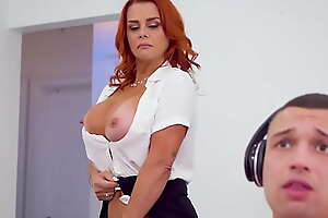 Redhead Cougar Stepmom Juliett Lopez Goes The Extra Mile To Motivate Johnny T.K.