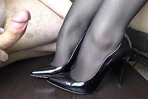 Young Handjob atop her trotters in stockings - Disreputable fetish, cum atop trotters