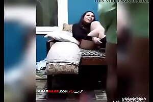 بتقوله حطه في طيزي مدخلش من قدام - سكس مصري جامد