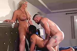 PORNSTARPLATINUM MILFs Alura Jenson Coupled with Miss Demeanor 3way