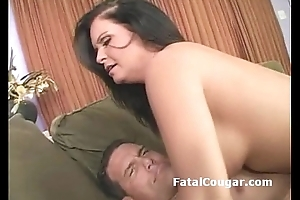 Stone-blind busty cougar gives tight blowjob haphazardly bounces on hard dick