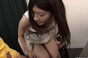 Japanese housewife, Shiori Moriya had sex, uncensored