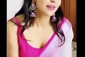 Parvathi nair hot cleavage