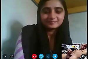 pakistani webcam fraud callgirl detach from lahore chckla family fixing 37