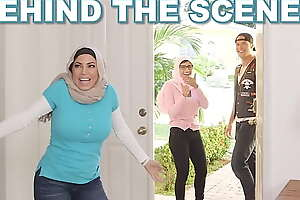 Mia Khalifa Behind The Scenes Outtakes With Stepmom Julianna Vega Added to White Vampire Boyfriend Sean Illicit