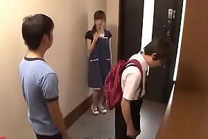 Dam degrades in front of say no to son - JAV Hold a session video porn bit xxx movie 32P5sg1