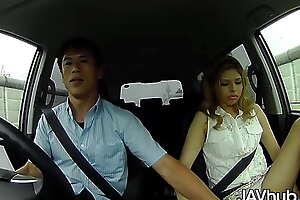 JAVHUB Blonde Japanese chick fucks two guys in her car