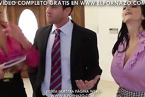 AVA ADDAMS Y BRIDGETTE B SE FOLLAN A SU JEFE - XXX video Vídeo completo en free sex ELPORNAZO.com!