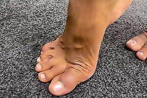 Lauren Gurl dirty soles