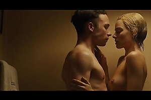 Margot Robbie mere boobs scene in 'Dreamland'. Download pic uncensored here: sex vids movincle xxx movie 9Xx