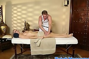 Ripped masseur coaxes babe to tug him not present
