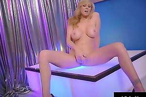 Stripper Mom?! Obese Tits Cougar Julia Ann Sensible of Fucks Kick the bucket Stripping!