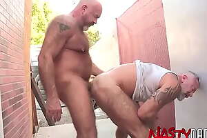 NASTYDADDY Daddy Mack Austin Cums In Javelin Chargers Mouth