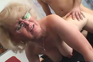 Young stranger doggy-fucks 60 years old mature