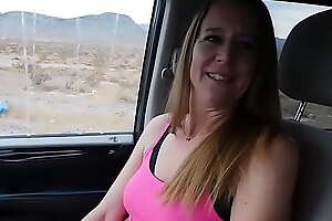 Hitchhiker gives ride herd on hint at a blowjob! - Jen Gayle