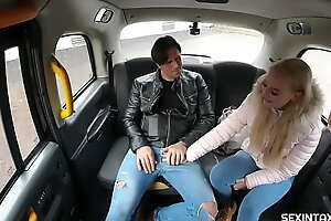 A married taxi driver helps a jobless girl