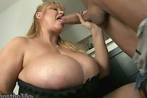 Fat mature with unbelievably Brobdingnagian tits gets fucked well