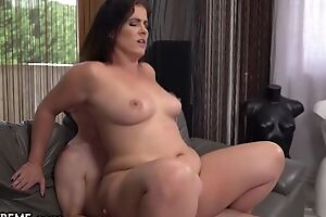 To a certain extent chunky MILF with innocent pair fucks young manhood