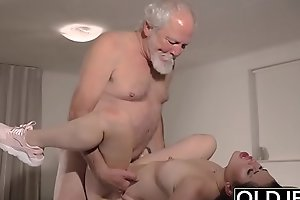 Teen Interrupts Grandpa alien Yoga And Sucks his Weasel words soiled coupled with hard