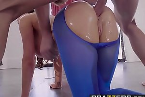 Brazzers - Broad in the beam Wringing wet Butts - Hose Innovate scene vice-chancellor Nikki Benz and Jean Val Jean
