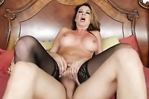Nymphomaniac sweeping beside stockings seduced her son's friend