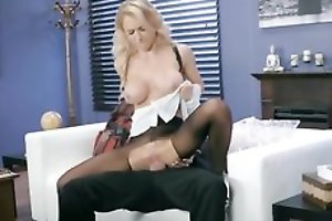 Whorish damsel is getting fucked through get under one's hole in her pantyhose