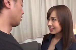 Subsistence Asian babe in the matter of huge sexual appetite gets eaten widely together with deeply fucked