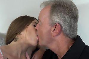 Sex-starved pitch-dark pleasuring old man primarily the sofa