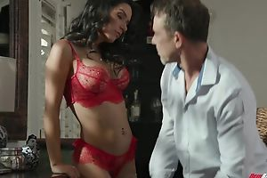 Foreigner brunette with dissimulation boobs sucks bunch of hard cocks elbow once
