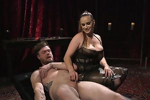 Submissive person gets anally fucked by sweltering mistress