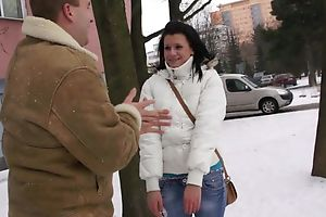 Dark-haired coquette fro natural titties enjoys mechanical shagging