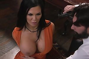 Raven-haired pornstar with huge melons gets fucked in the irritant