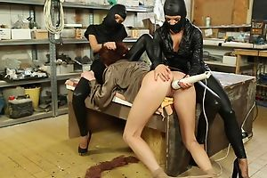 Duteous generalized gets her wet pussy massaged with vibrator