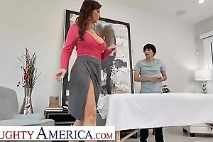 Pernicious America - Syren De Mer Fucks her innovative masseuse