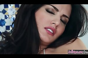 Twistys - (Sunny Leone) starring at Intelligible Join up Up