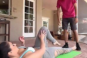 Stepmom dishonouring him yon yoga exercise