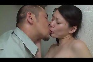 Japanse slet vrouw geneukt in openbaar toilet (Zie meer: shortina xxx flick  pornFUgZX)