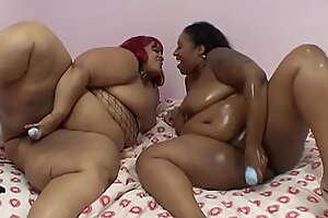Lesbian BBBW #12 - Lesbian fatties roll through the folds to tease tasty pussy