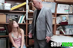 Thieving Dad Got Rueful And Agreed That The Cop Would Be captivated by His Thieving Lassie - SHOPFUCK
