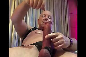 Ozmuscleslammer : Daddy Slams a Broad in the beam One