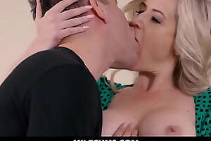 Beauty Obese Special Niggardly Pussy Materfamilias Hard Fucked by His step Son -  Kit Mercer