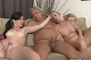 His dirty GF fucks his parents