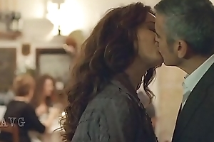 The American - A torch for Story - Violante Placido &amp_ George Clooney