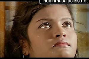 Amudha Indian Lead actor Hot Video [indianmasalaclips.net]