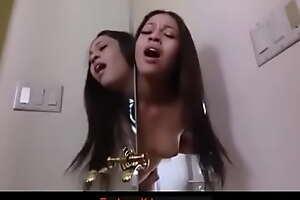 irmã do meu friends with ninfeta  gozei dentro